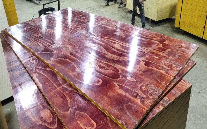 木模板生产现场